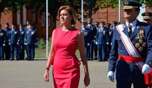 Cospedal señala a los nuevos sargentos del Aire que sus éxitos profesionales