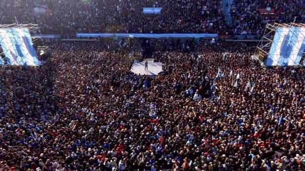 """Cristina salió a la cancha para """"ponerle un límite a este gobierno"""""""