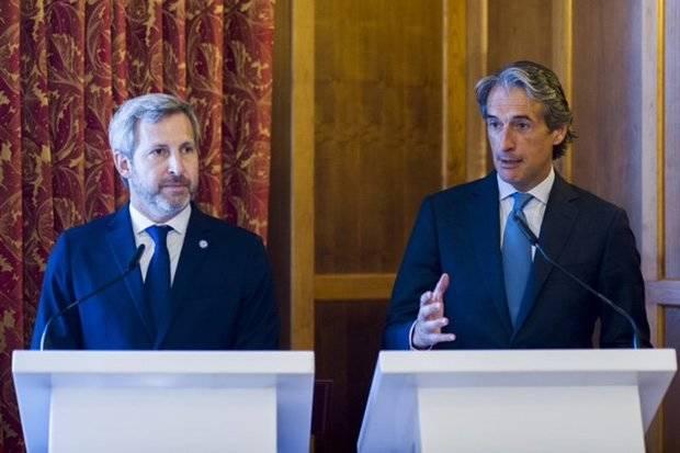 Argentina y España firman un convenio de colaboración en materia de desarrollo urbano, gestión de ciudades, infraestructuras y transporte