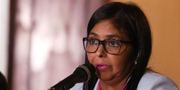 """Delcy Rodríguez a Tillerson: """"Ningún Lord petrolero imperial dará órdenes al pueblo de Venezuela"""""""