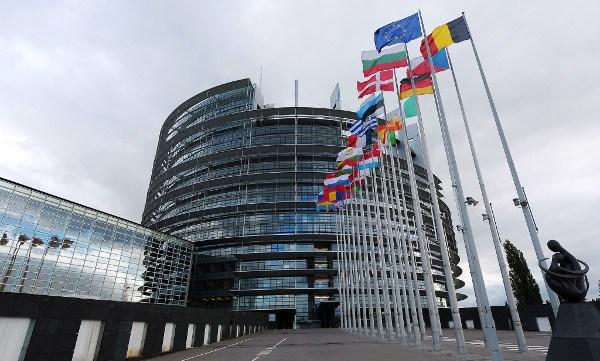 Parlamento Europeo planea ampliar sanciones al gobierno de Maduro