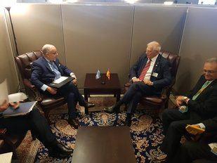 Faurie y Borrell se reunieron en Nueva York