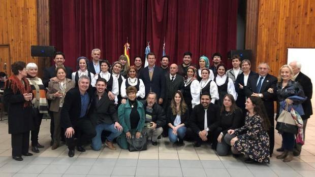 Feijóo convoca a los gallegos de Argentina a ser los mejores embajadores del próximo Xacobeo 2021