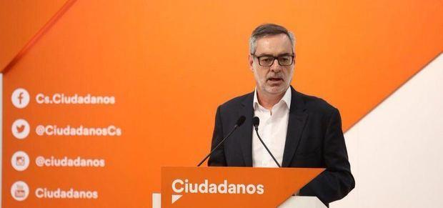 ¿El fin del bloque de las tres derechas?: Cs rechaza la propuesta del PP para negociar con Vox