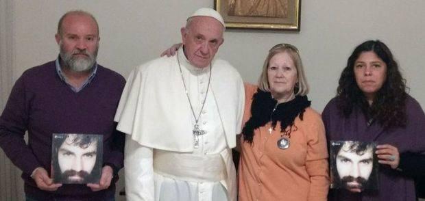 El Papa Francisco recibió a los familiares de Santiago Maldonado