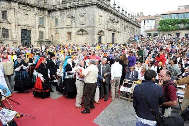 La Xunta amplía incentivos para los emigrantes retrnados a Galicia