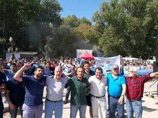 Villa Cacique movilizada ante el posible cierre de Loma Negra