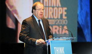 Herrera defiende una estrategia europea contra la despoblación y una financiación que llegue a los pequeños municipios