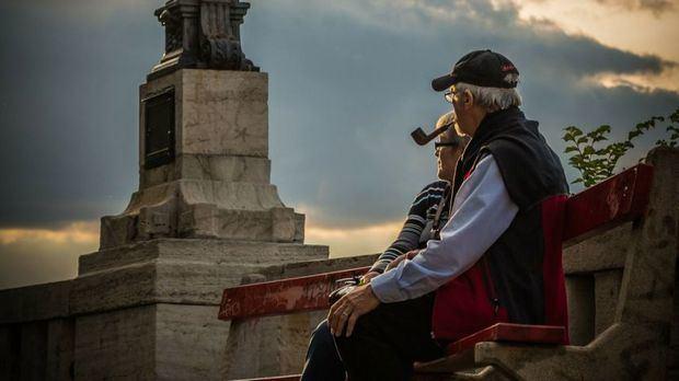 España cancela la temporada de viajes del Imserso
