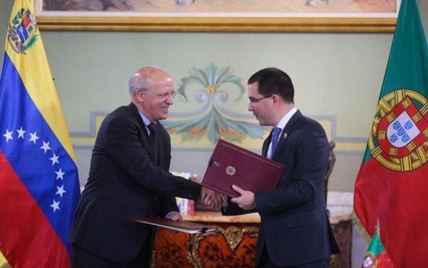Venezuela y Portugal firmaron acuerdo socioeconómico