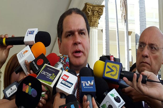 Oposición venezolana no irá a diálogo con Gobierno sin garantías electorales