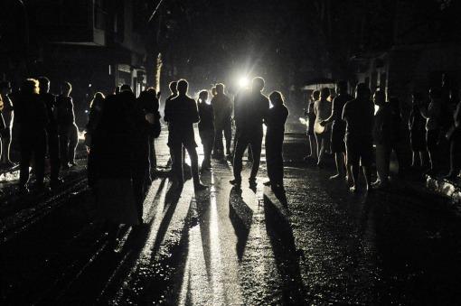 En España suspenderán el impuesto a la generación eléctrica para rebajar la factura de la luz