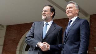 Rajoy felicitó a Macri por la victoria electoral