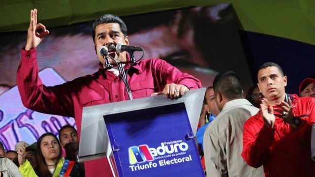 '¿Por qué no convoca elecciones el presidente Sánchez, quién le ha elegido a él?', fue el mensaje de Maduro a su par español