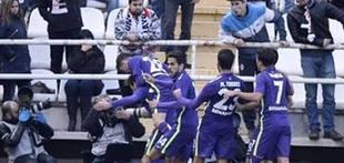 El Málaga logra la primera victoria a domicilio y sonríe en Vallecas