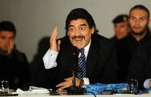 Maradona se enojó con Bauza por una posible convocatoria a Icardi