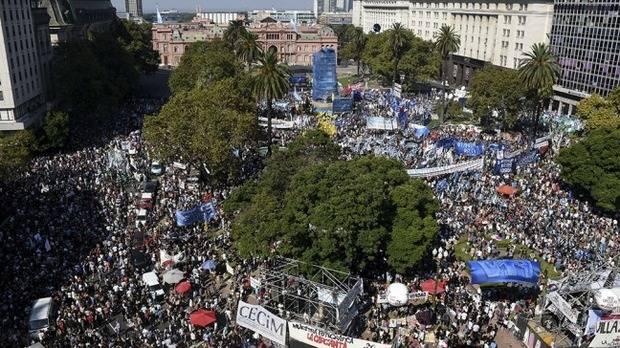 Con un fuerte discurso contra el gobierno de Macri, los organismos de Derechos Humanos repudiaron el golpe de Estado de 1976
