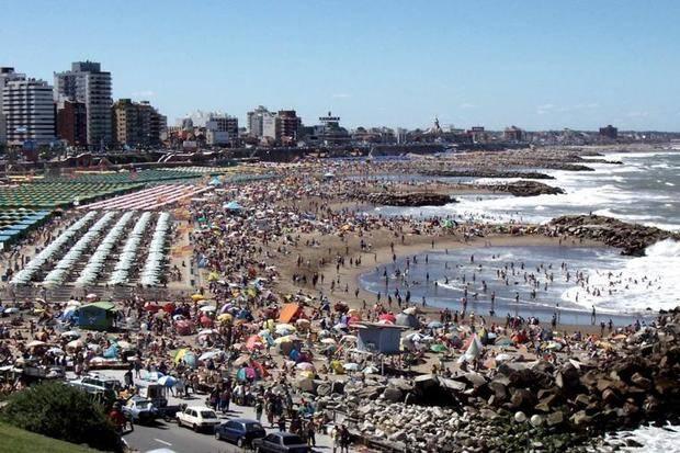 Cerca de 300 mil turistas llegaron a Mar del Plata en el fin de semana de Carnaval