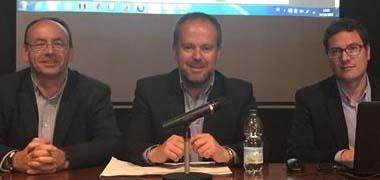 Medio Ambiente entrega a Aguilar un estudio sobre zonas inundables