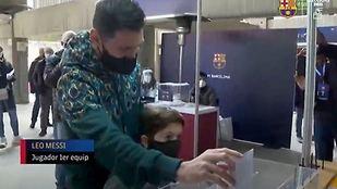 """Laporta está """"convencido de que Messi se quiere quedar'"""