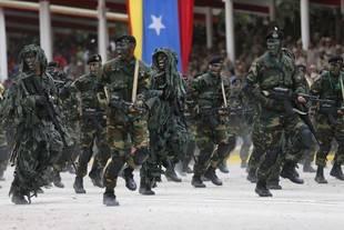 �Qui�n manda en Venezuela? Militares parecen fortalecerse en la crisis