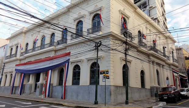 Paraguay rechaza