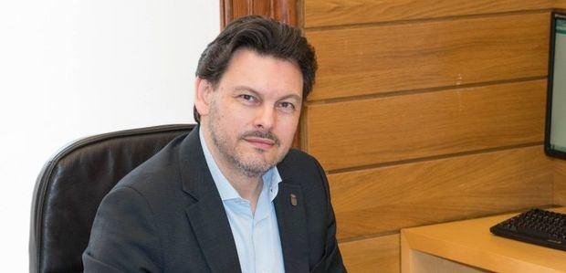 Miranda desconfía de los partidos que quieren volver a imponer el voto exterior sin garantías