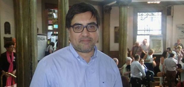 Moyano confirmó que la intervención del Centro Gallego finalizará en marzo