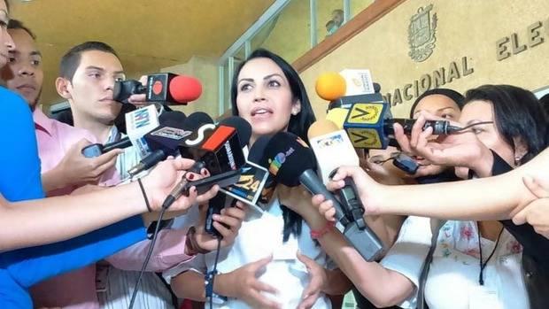 Oposición venezolana denuncia ante CNE a partido que