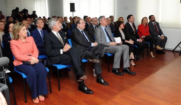 Nissan y Junta invertirán 90 millones de euros en la transformación de la planta de Ávila