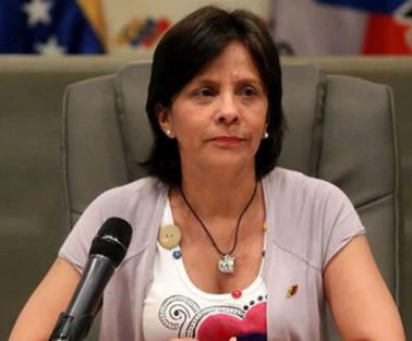 Rectora Oblitas confirma que no hay fecha para eventual recolecci�n de 20% de las firmas