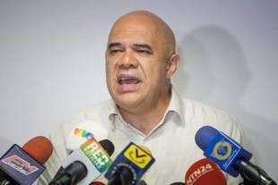 Oposici�n asegura que Maduro viola la Constituci�n
