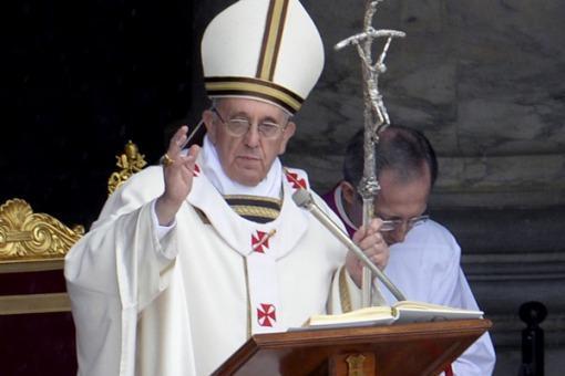 El Papa Francisco visit� el Memorial que recuerda a las v�ctimas del genocidio armenio