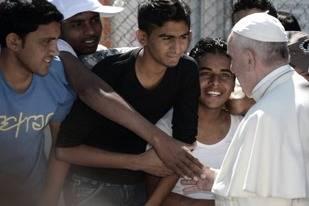 Sentido mensaje del Papa Francisco a los refugiados
