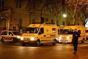 Scioli y Macri se solidarizaron con el pueblo francés tras los atentados