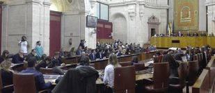El Parlamento pide que el Gobierno no financie centros de educaci�n diferenciada