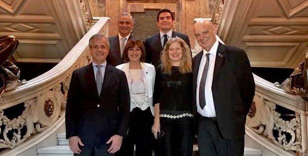 Argentina y España insisten en la búsqueda del acuerdo UE-MERCOSUR