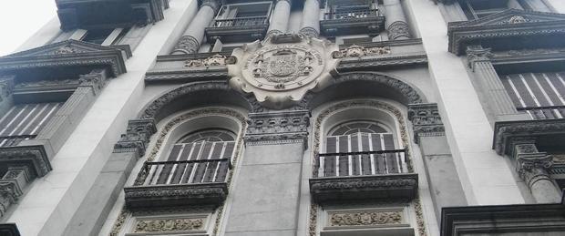 Albero visitó la Patriótica en la búsqueda que el Centro Cultural de España funcione allí