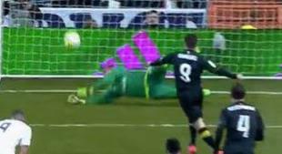 Duro correctivo al Sevilla (4-0) del Madrid