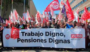 Cientos de pensionistas reclaman pensiones dignas fuera de partidismos