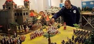 Tomares reúne 6.200 figuras en la mayor muestra de Playmobil en Andalucía