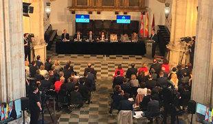 Salamanca acoge por primera vez un pleno de las Cortes con motivo del octavo centenario de la USAL
