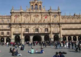 Castilla y León pierde más de 17.300 habitantes en el último año