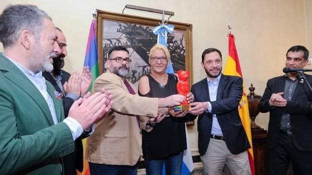 Premio World Pride Madrida la memoria del activista gay Carlos Jáuregui