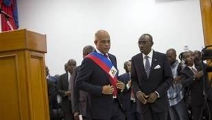 Martelly deja la Presidencia y Hait� cae en un vac�o de poder