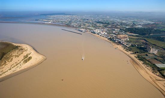 Unesco urge a cancelar 'de forma permanente' el dragado del Guadalquivir