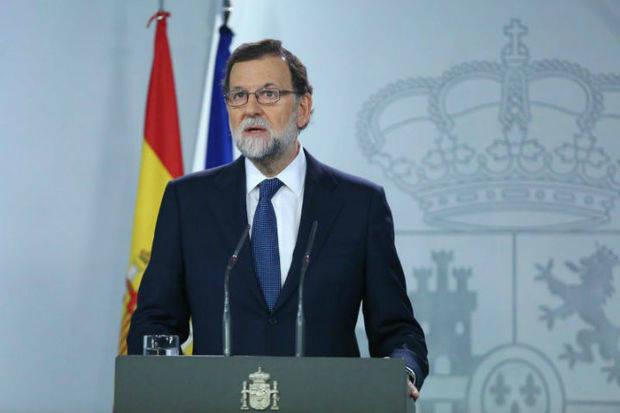 Rajoy requiere al presidente catalán que aclare si ha declarado independencia
