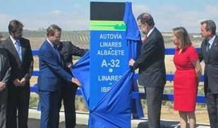 Rajoy anuncia para 2016 el inicio de las obras para tramos pendientes de la A-32