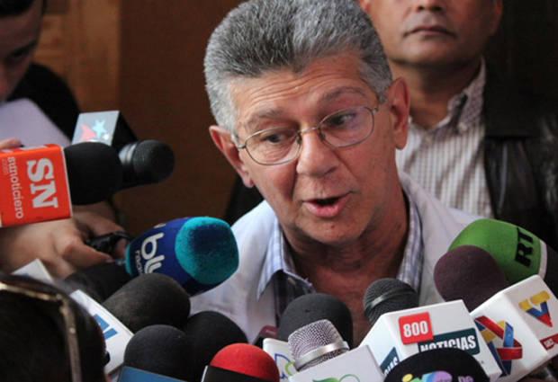 Ramos Allup: 'Si mañana el régimen no cumple con compromisos, AD se retira del diálogo'