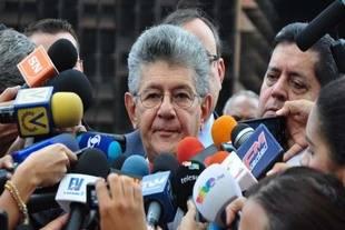 Ramos Allup: Presupuesto 2017 ser� inv�lido si lo aprueba la Sala Constitucional